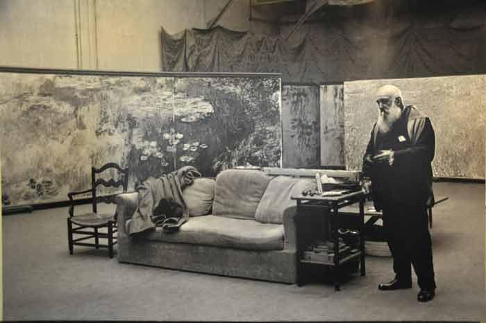 famous-fine-art-landscape-artist-painting-in-studio