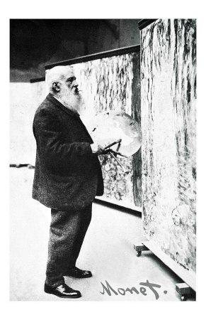 french-fine-artist-painter-in-the-art-studio